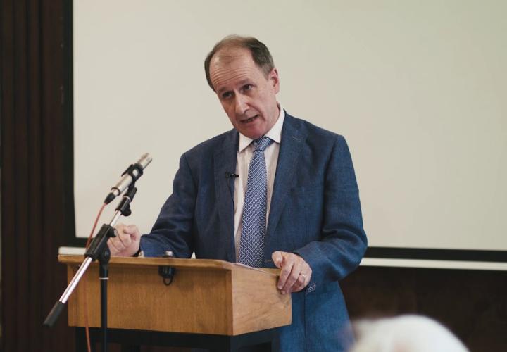 Dr David Horan