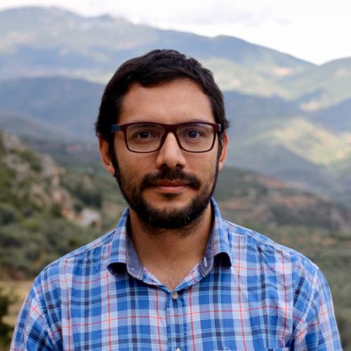 Dr Daniel Vázquez